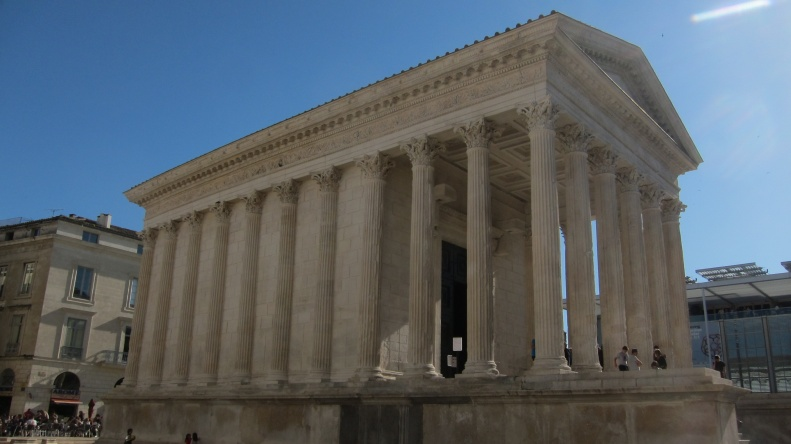 Maison Carree, best preserved Roman temple